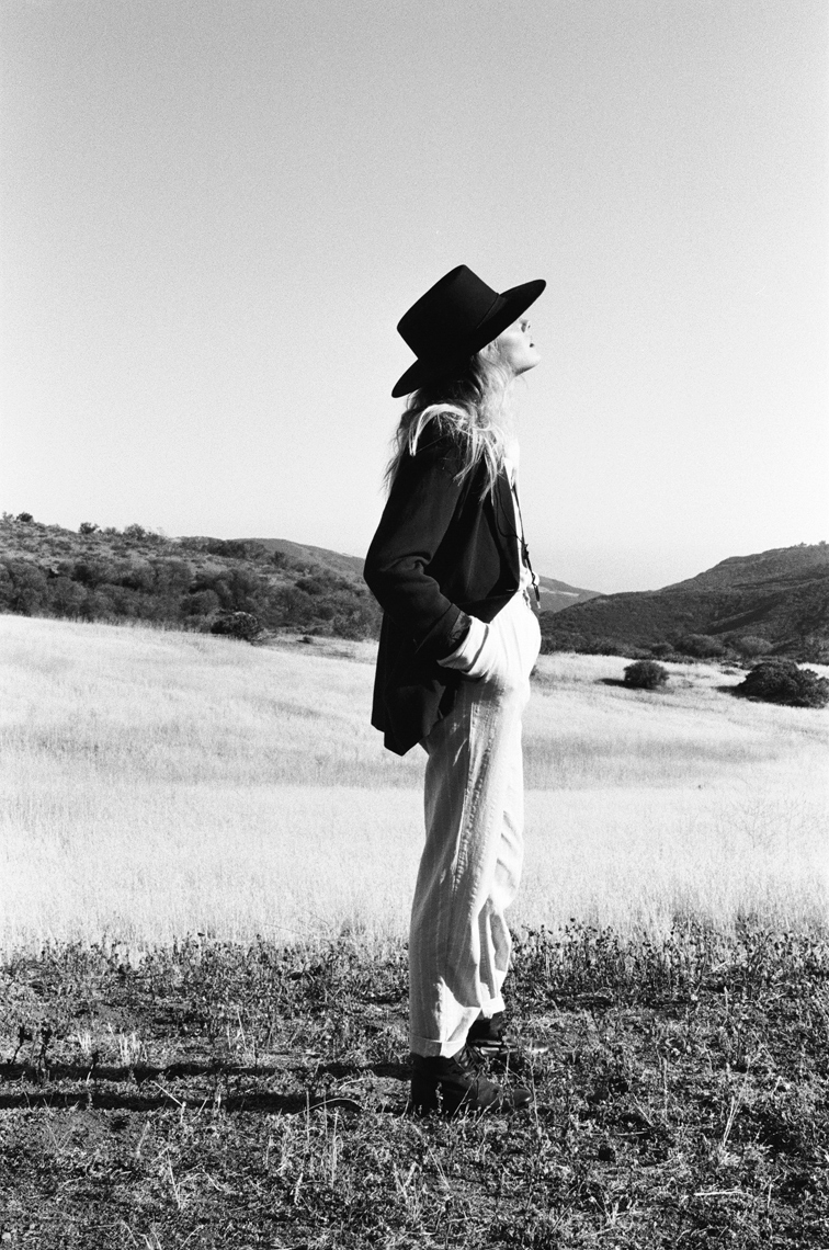 003_17950026Ranch_Hand_Woman_BlackandWhite